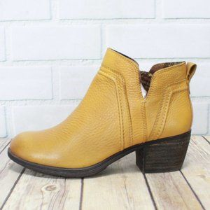 ROCKPORT Cobb Hill Side Zip Ankle Boots Size 6.5